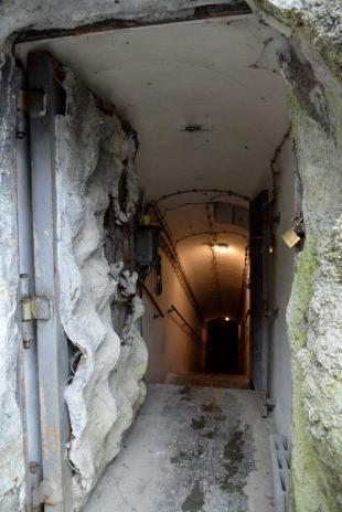 Eingang zum Bunker