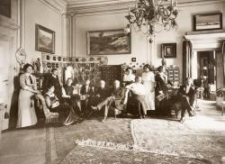 Villa Freischütz - Das Hausmuseum. Familienfoto auf Schloss Rametz