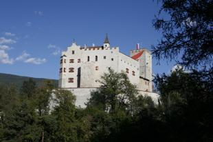 Castello di Brunico, esterno Foto A. Gruber